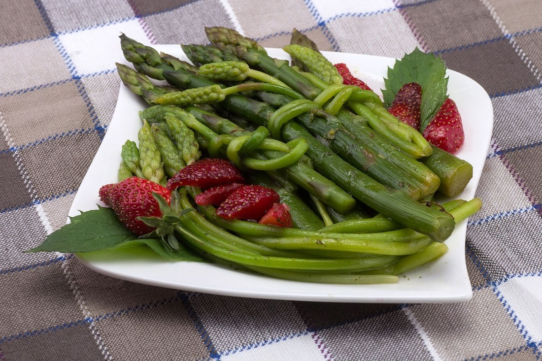 Asparagus & Strawberries Picture