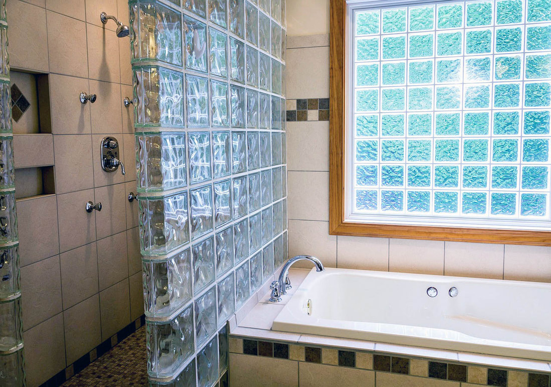 Accessible Shower & Bathtubs Banner Picture