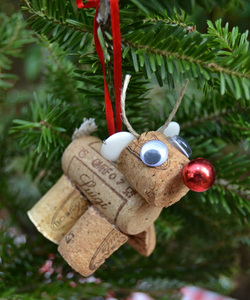 Reindeer Cork Ornament Picture